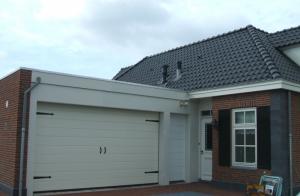 Voorbeeld-moderne-garagedeur-300x196